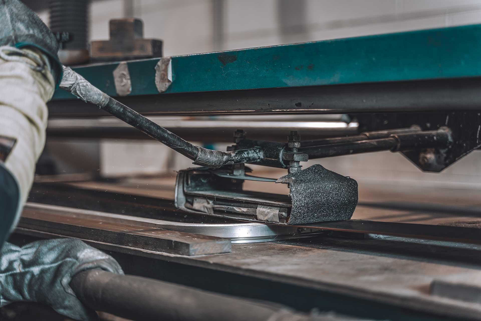 31 Bordogna e Gusmeroli lavorazioni dei metalli